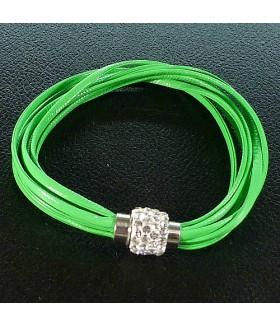 Браслет женский кожаный зеленый с застежкой на магните