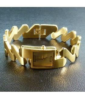 Часы стильные женские GUCCI (Гуччи) с металлическим браслетом