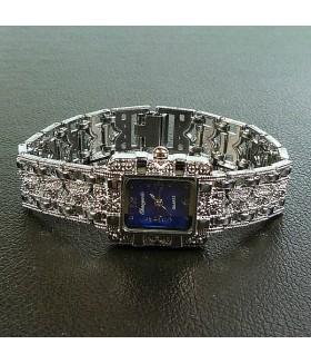 Часы женские с металлическим браслетом