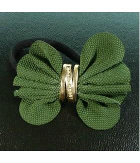 Резинка для волос с зеленым цветком