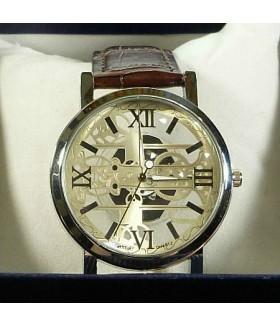 Часы мужские с коричневым кожаным ремешком