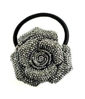 Резинка для волос с серым цветком