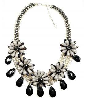Ожерелье крупное черно-серого цвета