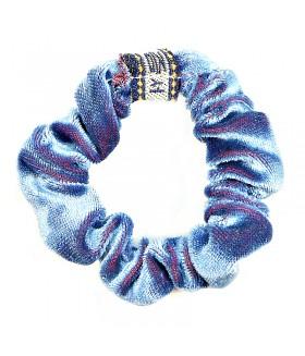 Резинка для волос голубого цвета