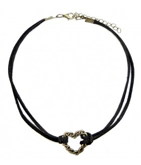Чокер/ожерелье черный с сердцем