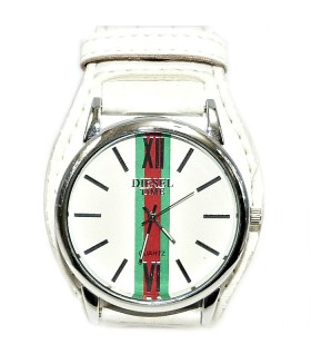 Часы DIESEL с белым широким кожаным ремешком