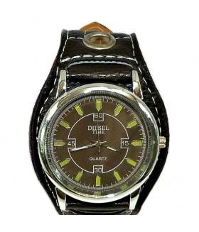 Часы DIESEL с широким черным кожаным ремешком
