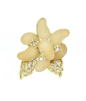 Кольцо цветок кремово-золотистое