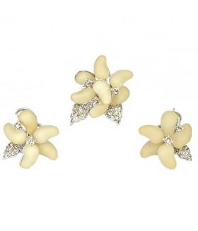 Серьги и кольцо кремово-серебристого цвета комплект
