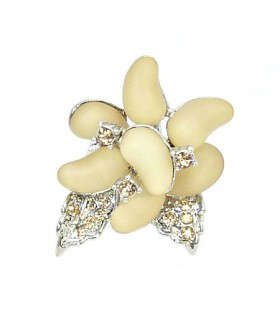 Кольцо цветок кремово-серебристое